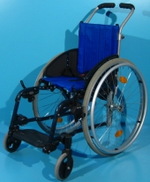 Scaun cu rotile activ copii din aluminiu Sopur / latime sezut 31 cm