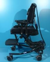 Scaun pentru copii cu roti si actionare electrica pe vertical