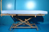 Somiera electrica pentru ingrijire pacienti cu trei sectiuni second hand Belluno + saltea cadou