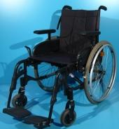 Scaun cu rotile din aluminiu Invacare / latime sezut 45 cm