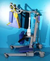 Macara pentru ridicarea si transportul pacientilor Arjo Sara 3000